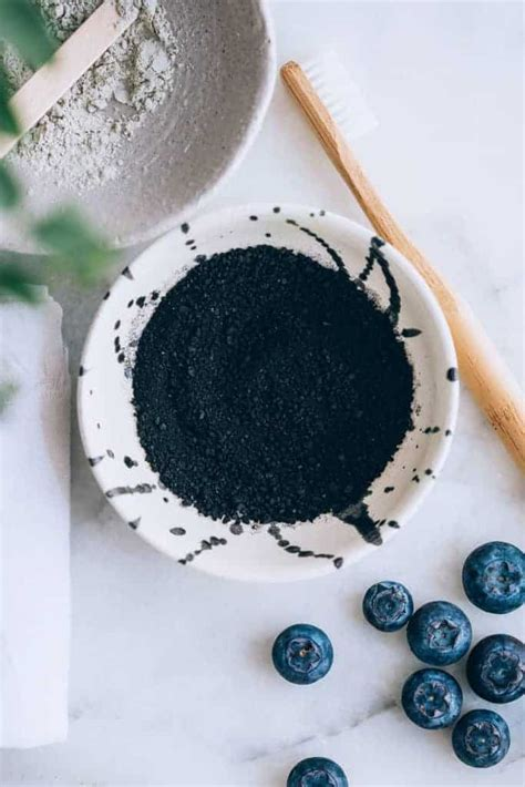 ways  add activated charcoal   beauty routine