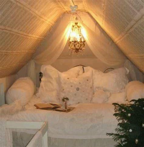 moderne dach einrichtungsideen fuer kleines schlafzimmer