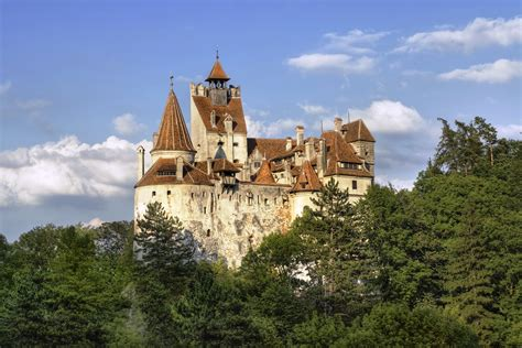 castle bran transylvania medieval cities tour