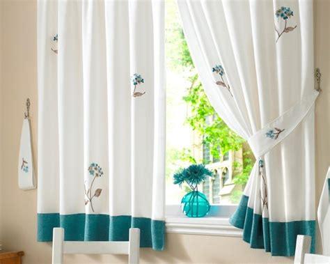 gardinen küchenfenster fenster dekorieren mit gardinen execid