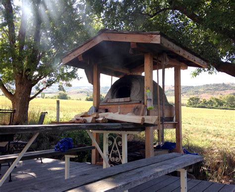 hometalk build  wood fired earth oven