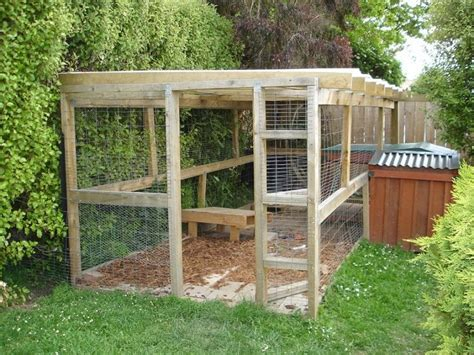 Garage Dog Kennel by How To Build A Dog Run Making The Perfect Enclosure For Your Best Friend