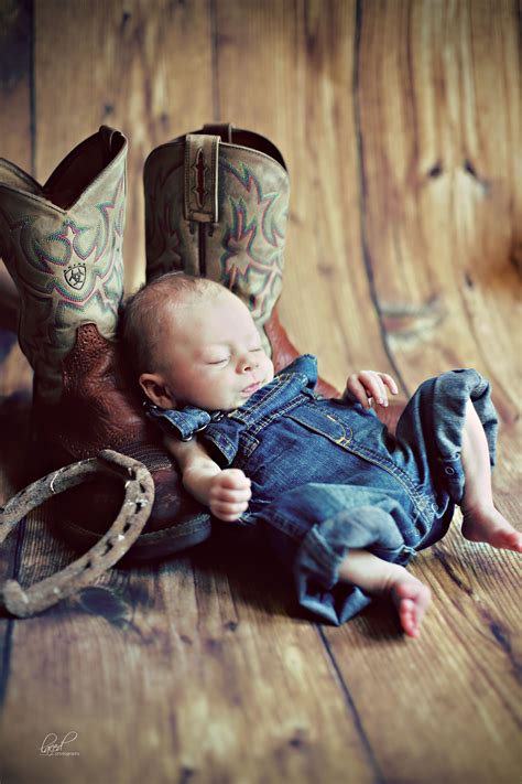 marlisse a cepeda country themed newborn photos newborn photography