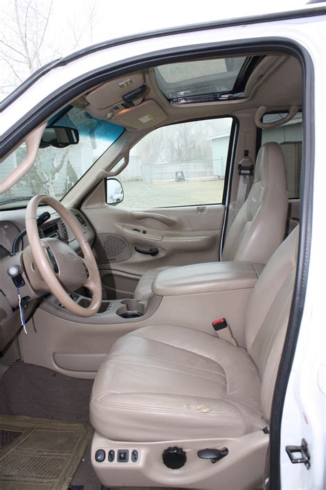 2000 Ford Expedition Interior by 2000 Ford Expedition Pictures Cargurus
