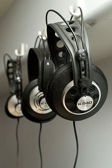Headphone Akg K240 two vintage akg headphones k240 sextett and k340 electrostatic dynamic innerfidelity
