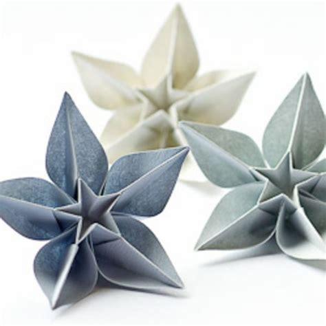 Fleur Origami - 25 best ideas about origami on paper folding