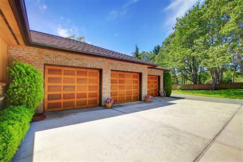 Garage Doors Sales Why Garage Door Sales Increased Tenfold In 2017 C C Garage Doors Middletown Nearsay