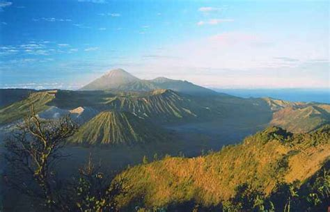 kumpulan foto keindahan gunung semeru terbaru tempat wisata