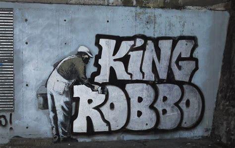 banksy  graffiti war  fellow street artist