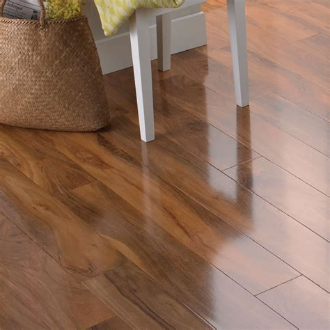 dolce natural walnut effect laminate flooring 1 19 m 178 pack high gloss laminate flooring and