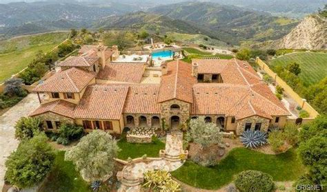houses for sale in calabasas 8 5 million tuscan mansion in calabasas ca homes of the rich