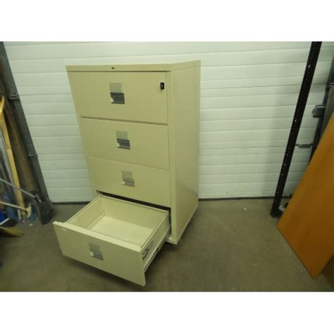 Hon 30 Lateral File Cabinet Hon Beige 30 Quot 4 Drawer Proof Lateral File Cabinet Locking Allsold Ca Buy Sell Used