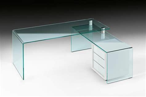 schreibtische glas glasschreibtisch effektvolle modelle archzine net