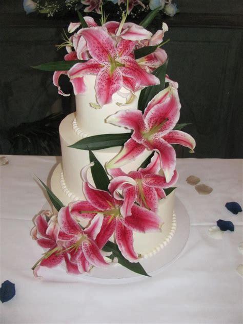 Best 25  Stargazer lily wedding ideas only on Pinterest