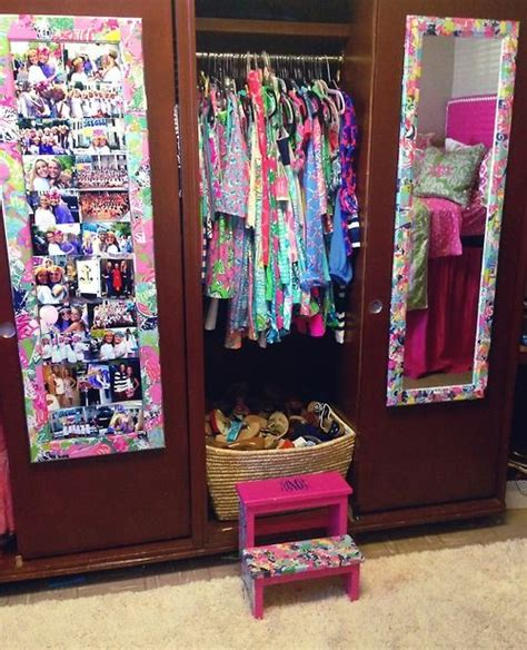 room covered in mirrors my lilly pulitzer room flip flop basket step stool lilly covered mirrors lilly bedspread