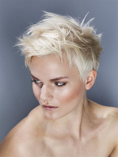 spiky short blond women hairstyle hairstyles hair