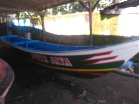 jual perahu kapal ikan mancing nelayan fiber glass ukuran
