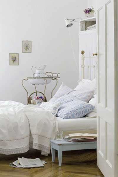 20 charming bedroom decorating ideas in vintage style 20 charming bedroom decorating ideas in vintage style