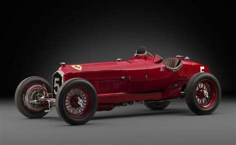 mobil balap di film cars cuma 9 unit di dunia mobil balap klasik alfa romeo ini