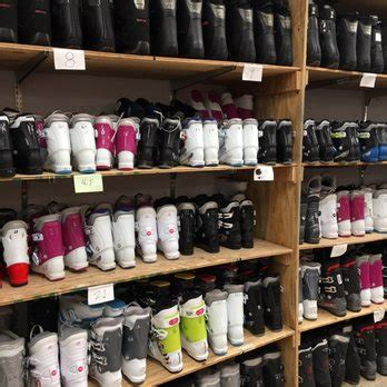 Ski Barn   10 Photos & 27 Reviews   Outdoor Gear   846 N