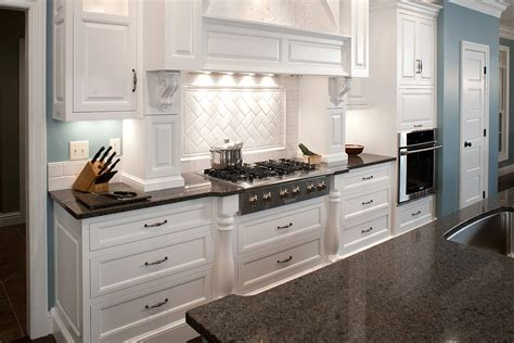 beautiful kitchens with white quartz countertops