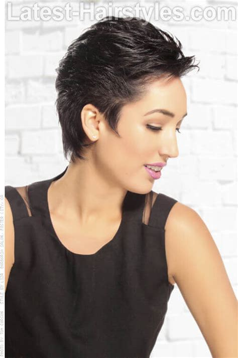 how to cut hair away from face 20 short choppy haircuts that will brighten up your look