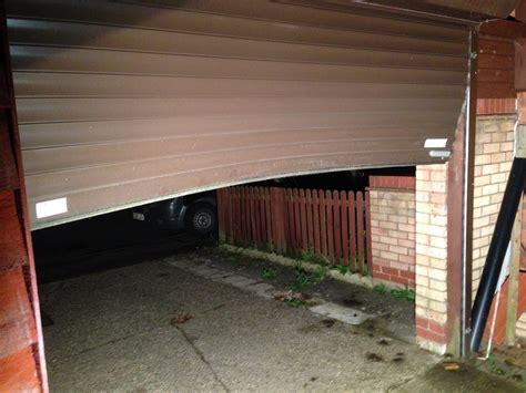 Garage Door Repairs Milton Keynes by Milton Keynes Call Out Smart Doors