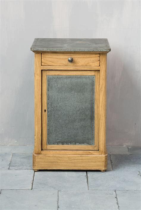petit meuble d appoint en bois et m 233 tal armoires et 233 tag 232 res