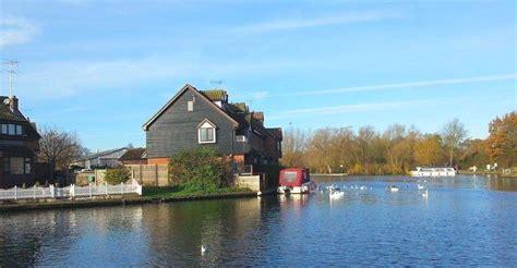 norfolk cottage hire norfolk broads cottages wroxham cottages