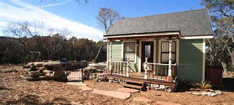 texas house homestead cottages tiny texas house