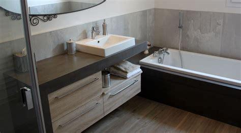 Impressionnant Exemple De Salle De Bain Avec Douche Et Baignoire #3: salle-de-bain-et-b%C3%A9ton-cir%C3%A9.jpg