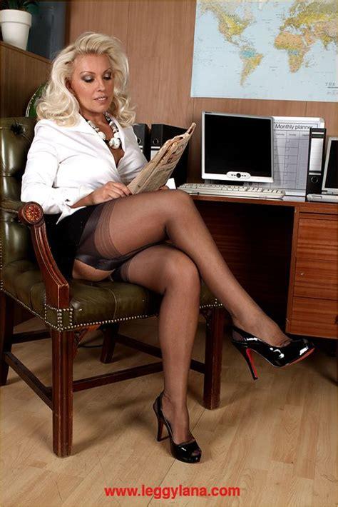 Hose Legs & Heels : Photo   my matures   Pinterest   Legs