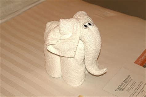 facts around us animal towel sculptures towel folding