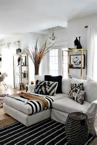Black White Home Decor by 48 Black And White Living Room Ideas Decoholic