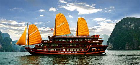 hanoi junk boat cruise welcome to vietnam