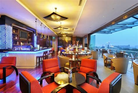 hotel terbaik  honeymoon  bandung klikhotelcom
