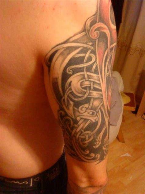 tattoo upper arm pain upper arm tattoo
