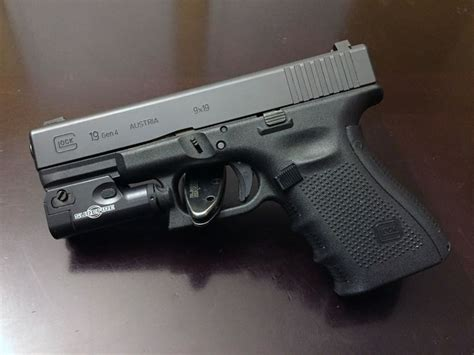 glock 19 4 tactical light 17 best images about gear tactics disruptive