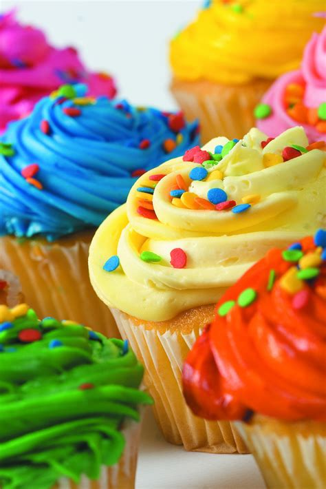 the colorful white colorful cupcakes