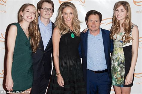 michael j fox good fight michael j fox takes wife tracy and daughters to meet