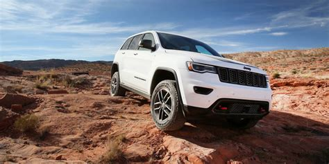 2017 jeep grand cherokee msrp 2017 jeep grand cherokee pricing and specs photos 1 of 9