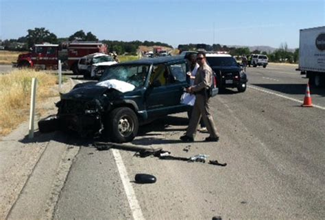 jeep accidents jeeps collide two injured in major highway 101