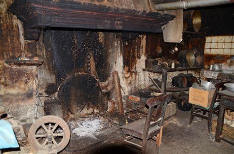 Offene Feuerstelle Im Haus by Offene Feuerstelle In Der K 252 Che Foto Bild Spezial