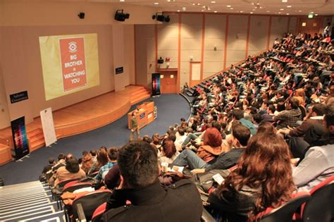 Universities In Turkey For Mba by Social Media Summit Becomes A Trend Topic On