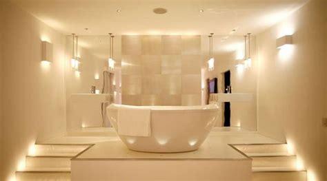 illuminazione per bagni moderni illuminazione sur topsy one