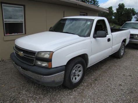 sell used 2006 chevy silverado work truck ext cab longbed tow 55k texas direct auto in stafford sell used 2006 silverado work truck no rust in marion