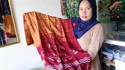 Kain Sasirangan Khas Kalsel 1 kung sasirangan banjarmasin tempat turis berburu kain khas banjar selamat datang di
