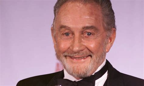 actor of game of thrones dies roy dotrice obe game of thrones actor dies aged 94