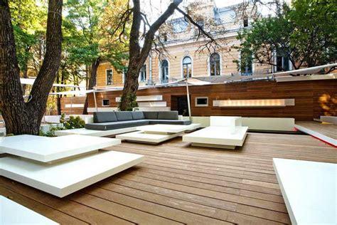 Courtyard Design by Restaurant Interiors Designs E Architect