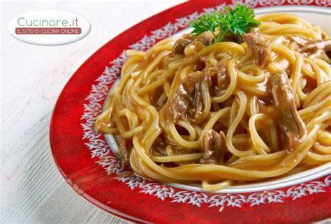cucinare sugo pasta con sugo di fagiano cucinare it